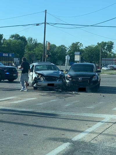 Grand and Oakland crash, Decatur