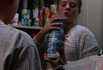 Students run food donation program