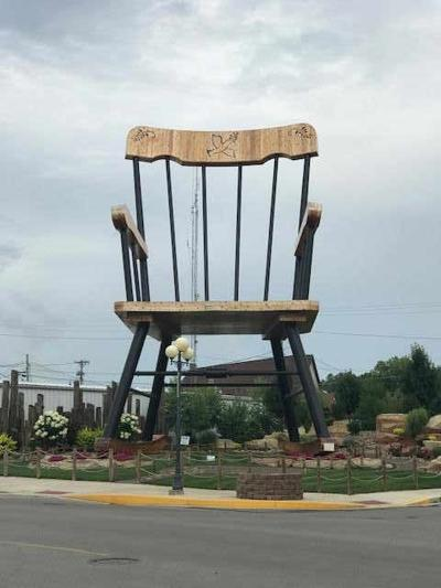 Small town of Casey continues to break world records