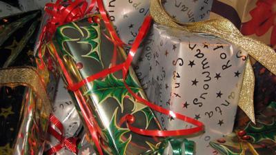Christmas-presents-generic-.jpg