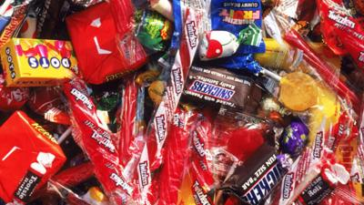 Man uses candy to try to kidnap 7-year-old girl