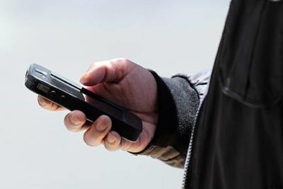 Phone call scammers targeting Illinoisans are getting devious | Top