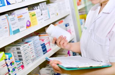 FILE - Pharmacy, pharmacist, opioid crisis, oxycodone, prescription medication, drugs