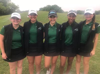 girls golf at regionals.png