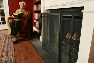fireplacescreenolderadultaa3_4.jpg