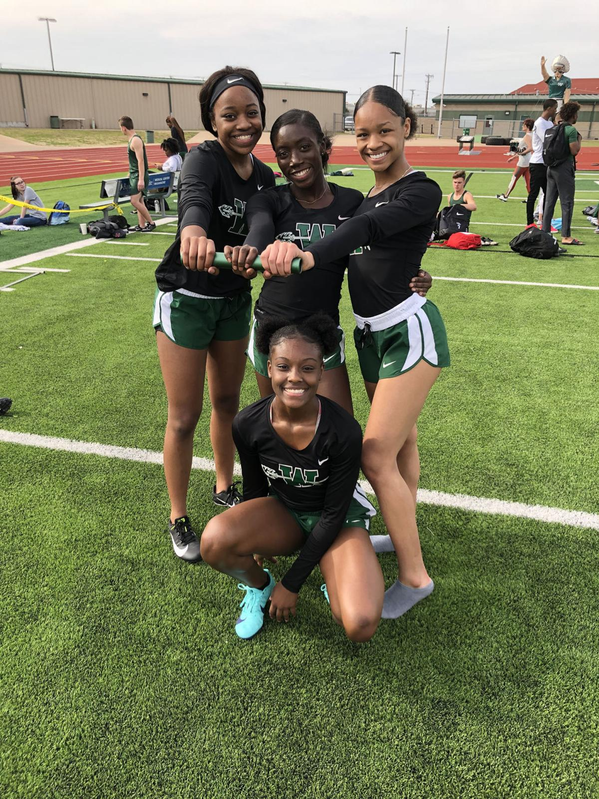 whs girls 4x200m relay team