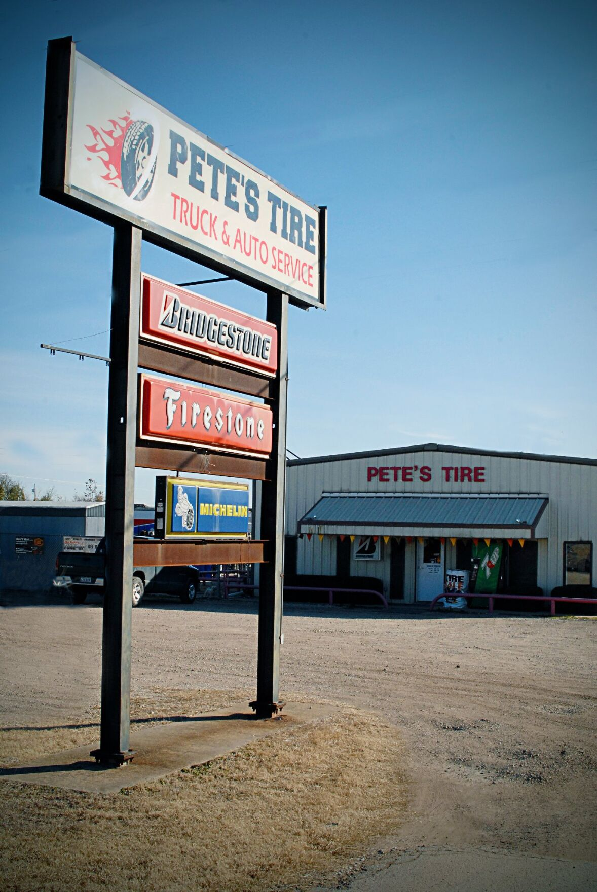 Petes Shop.jpg