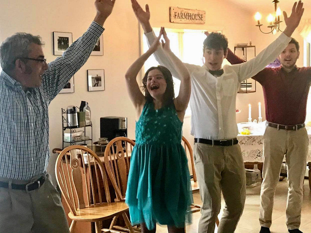 Family re-creates prom at home