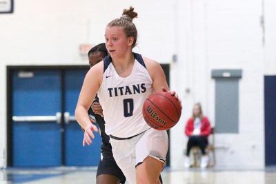 Women's Basketball: Titans Tie School-Record in Win Over Geneva