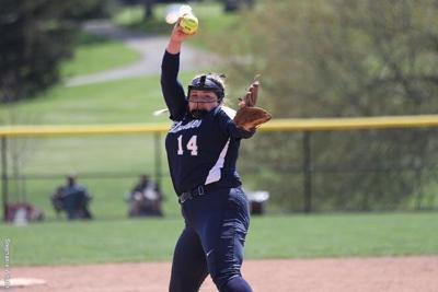 Softball: Titans Tie School Record with 32 Wins, Sweep Franciscan