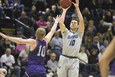 Men's Basketball: Titans Avenge Chatham in PAC Showdown