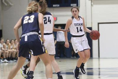 Women's Basketball: Second Half Run Lifts Titans Over Bison at Home