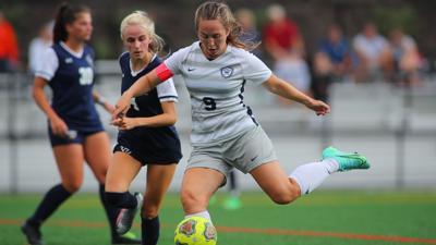 Women's Soccer: Titans Tie Eagles in Double OT
