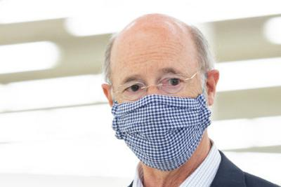 Governor Wolf with mask