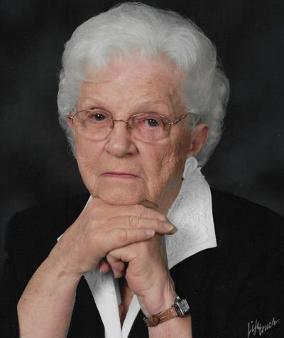 Photo: Obituary- MC CULLOUGH, M. Virginia