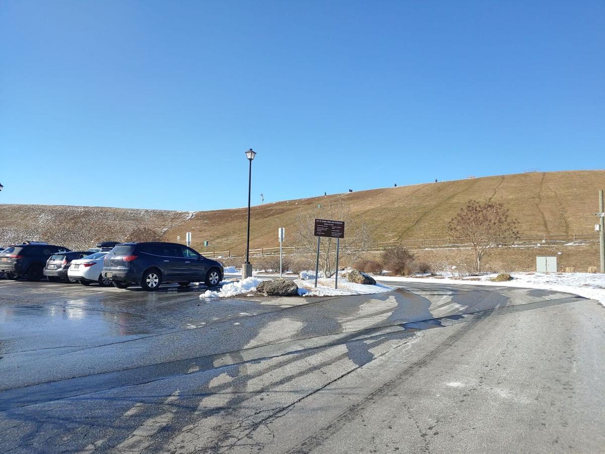 Newark Reservoir Parking Lot
