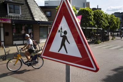 Virus Outbreak Netherlands