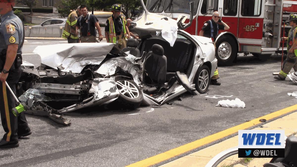 Concord Mall wreck 1