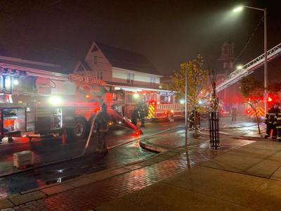 M & T fire Newark
