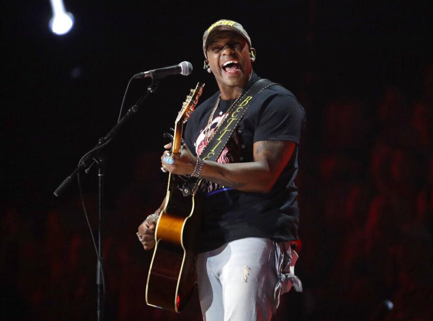 Milton-born country star returning to Delaware to benefit fallen Delmar officer