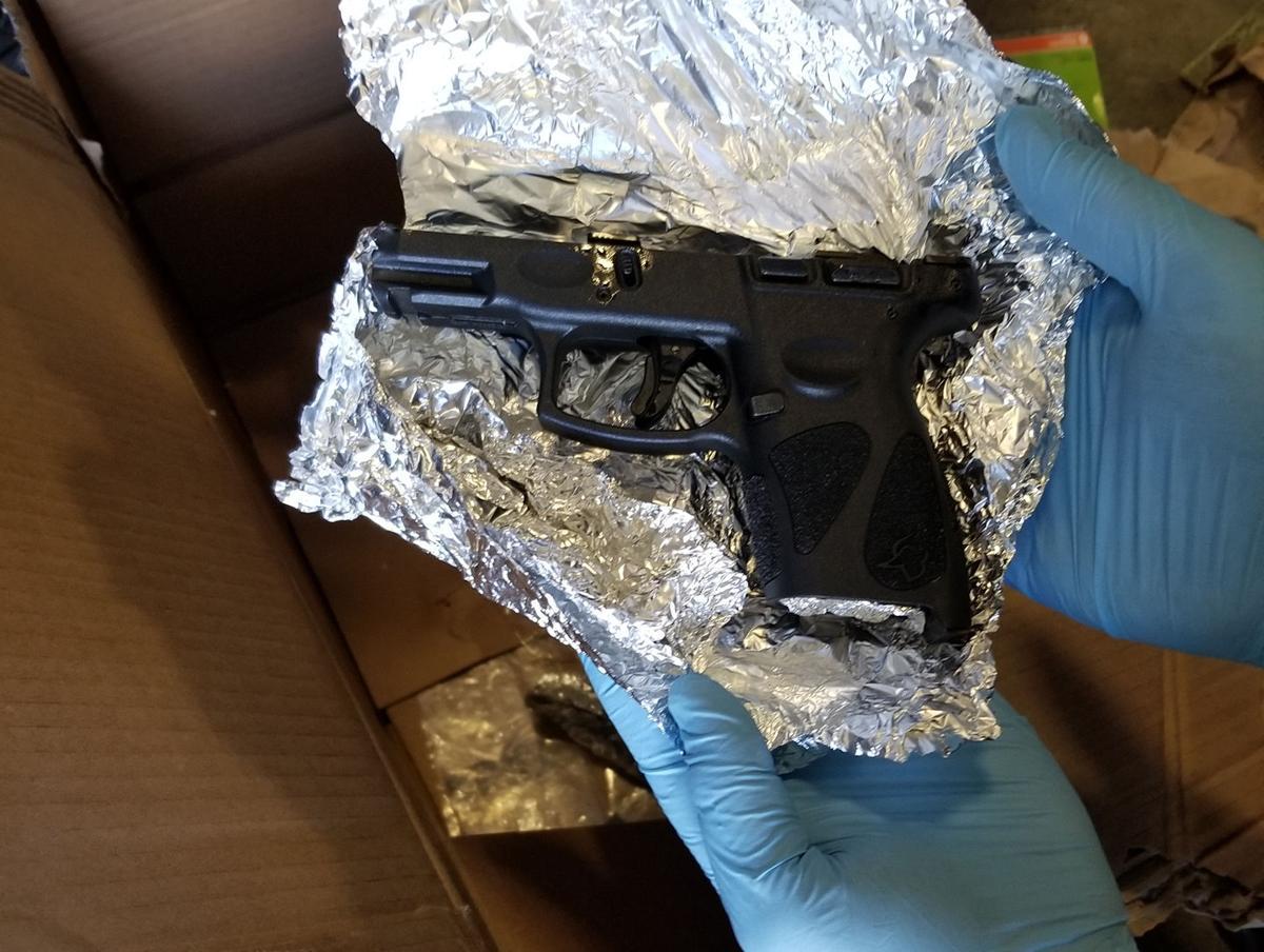WIL Handgun Ammo1L 100419.jpg