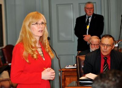 Sen. Stephanie Hansen (D-Middletown)
