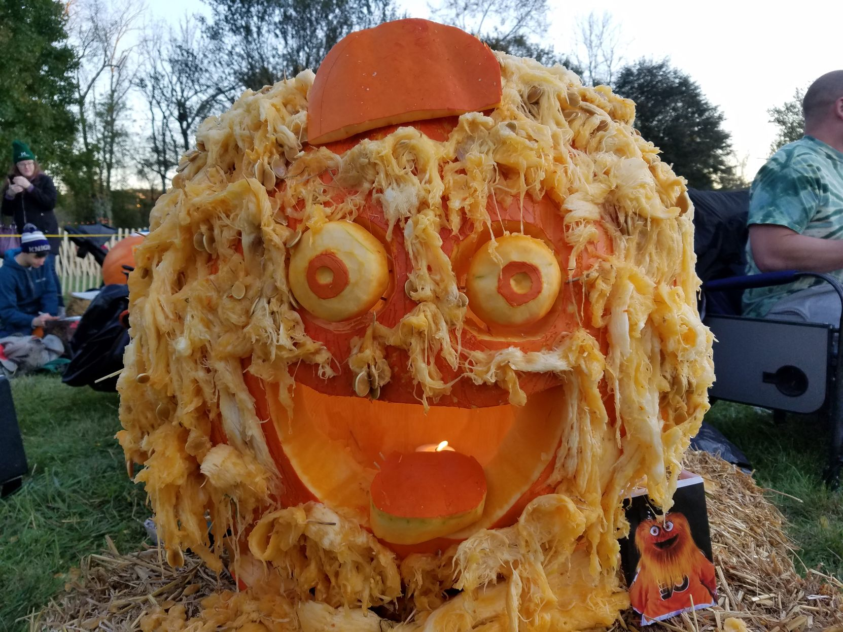 VIDEO | #GrittyLove in effect at the Great Pumpkin Carve in Chadds Ford | WDEL