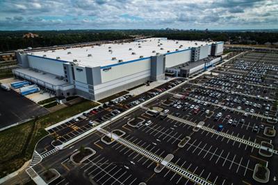 Amazon fulfillment center in Boxwood