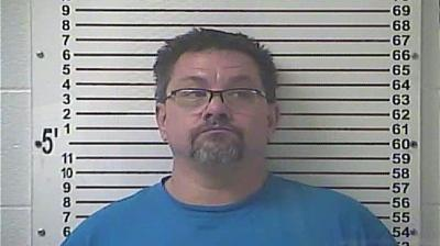 Semi truck driver accused of being high on meth while texting-and-driving in Hardin County