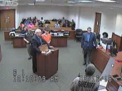 VIDEO UPDATE   Louisville man who dropped pants in court apologizes to judge