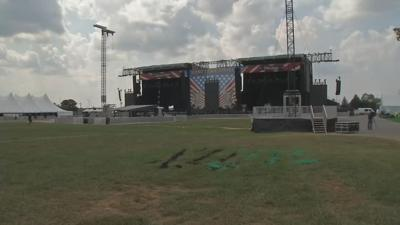 Hot temperatures and big crowds on tap for Hometown Rising