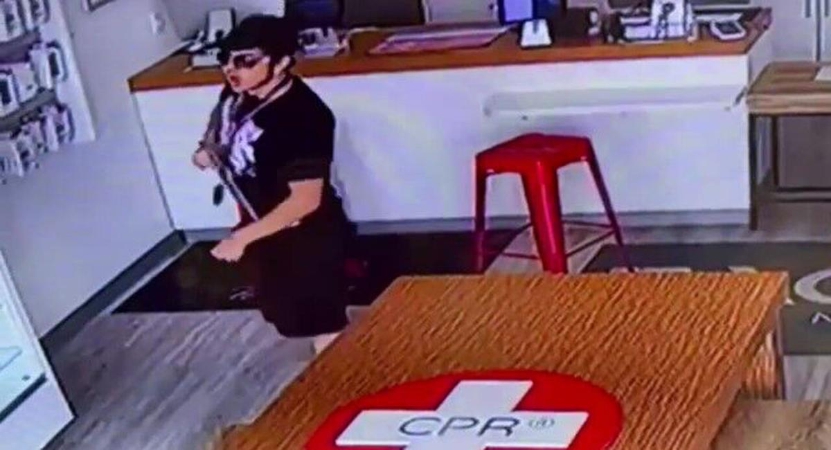 Cell phone repair store theft