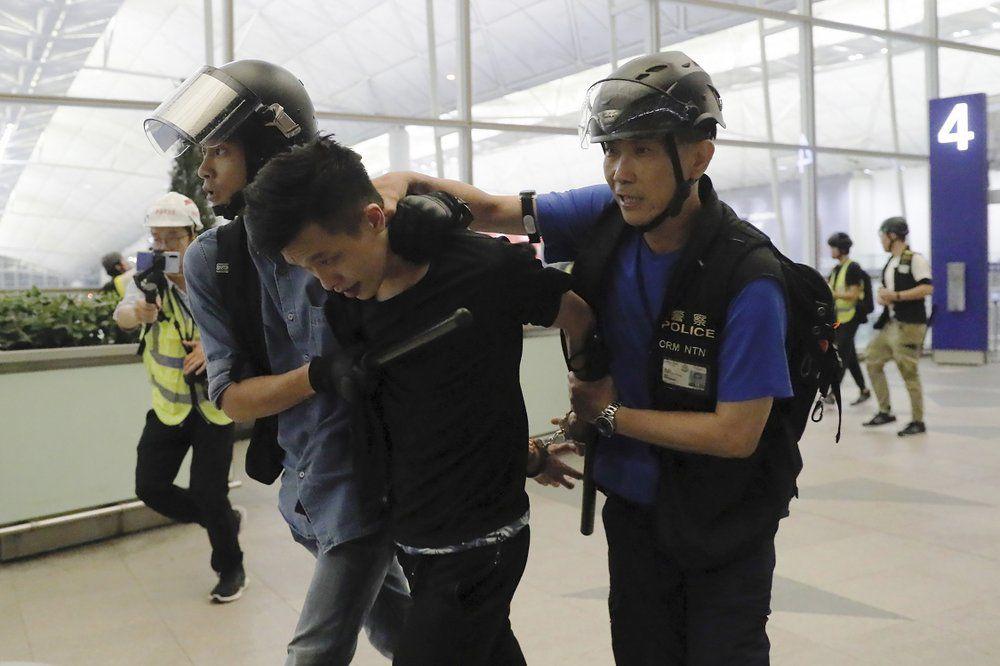 HONG KONG AIRPORT - PROTETERS 8-13-19 2.jpeg