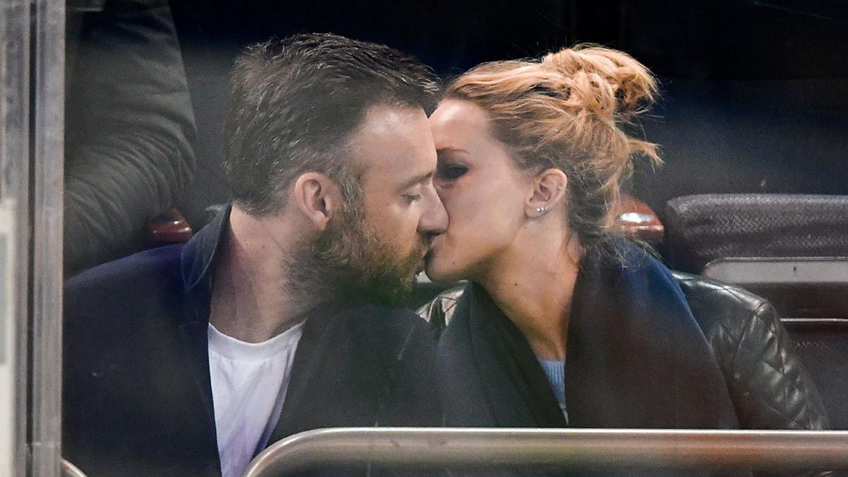 Jennifer Lawrence marries Cooke Maroney in Rhode Island ...