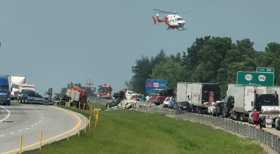 Interstate 71 crash 7-21-21 (2).jpg