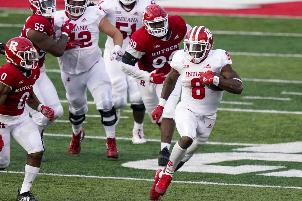 Indiana running back Stevie Scott III (8) carries during the second quarter of the team's NCAA college football game against Rutgers