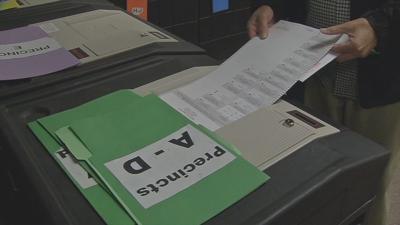 Kentucky officials defend voting machines, poll books | News