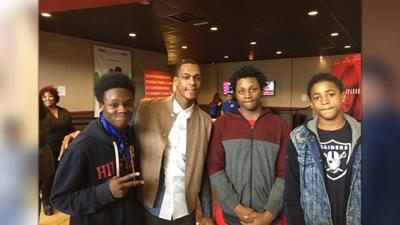 IMAGES   NBA star from Louisville treats more than 300 students to free screening of 'Black Panther'