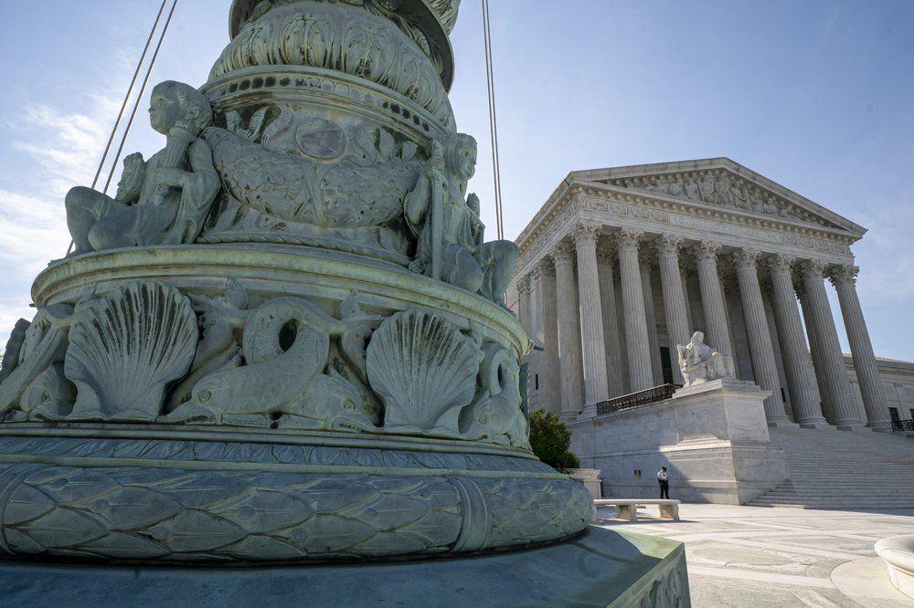 Supreme Court 6-17-19 AP.jpeg