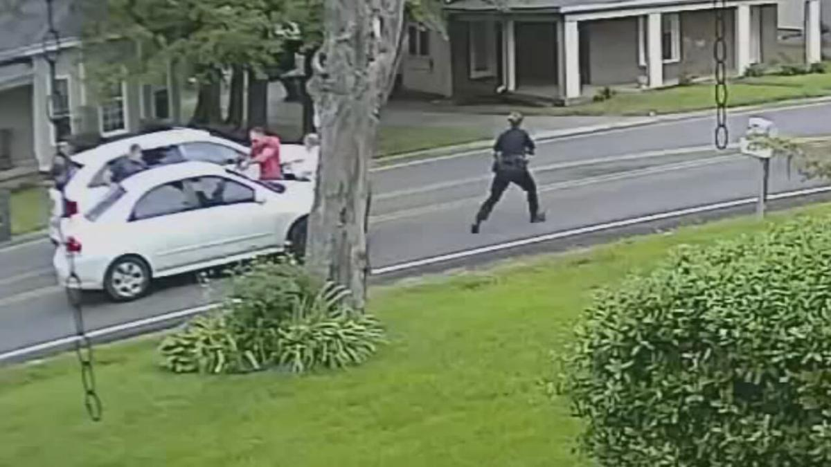 Video from a home security system captures moments before LMPD officer fatally shoot D'Juantez Mitchell