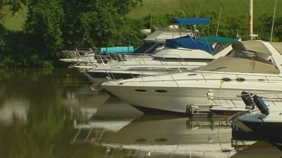 Carbon monoxide kills man and cat on boat in Jeffersonville