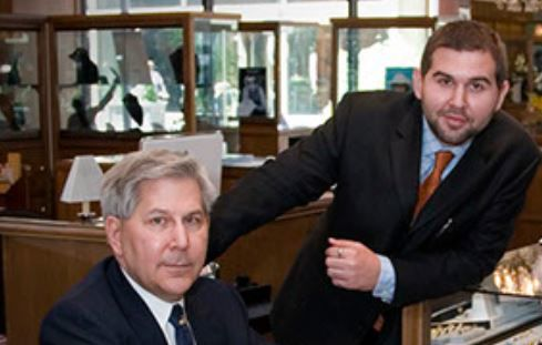 Lee and Scott Davis, owners of Seng Jewelers.jpg