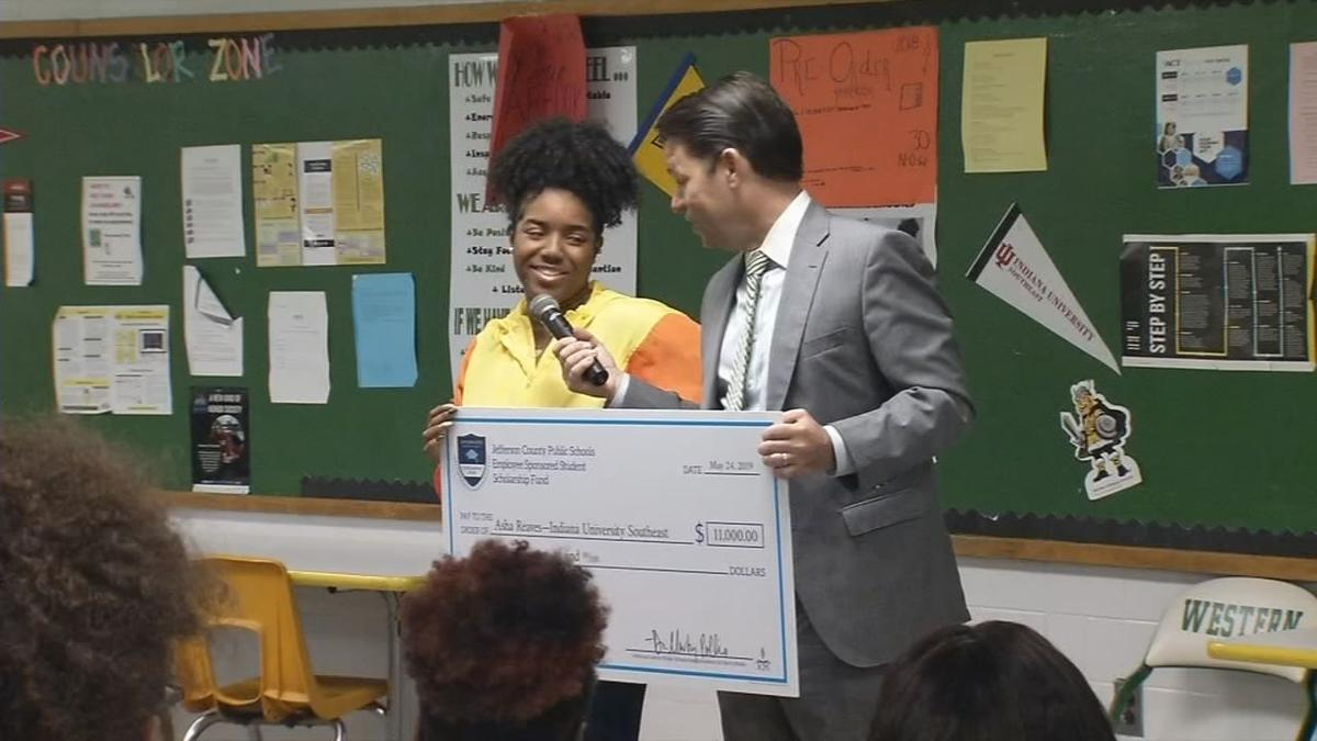 Western Student Receives Scholarship Check