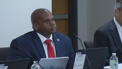 Groups wanting to delay grad requirement vote misleading, Lewis says