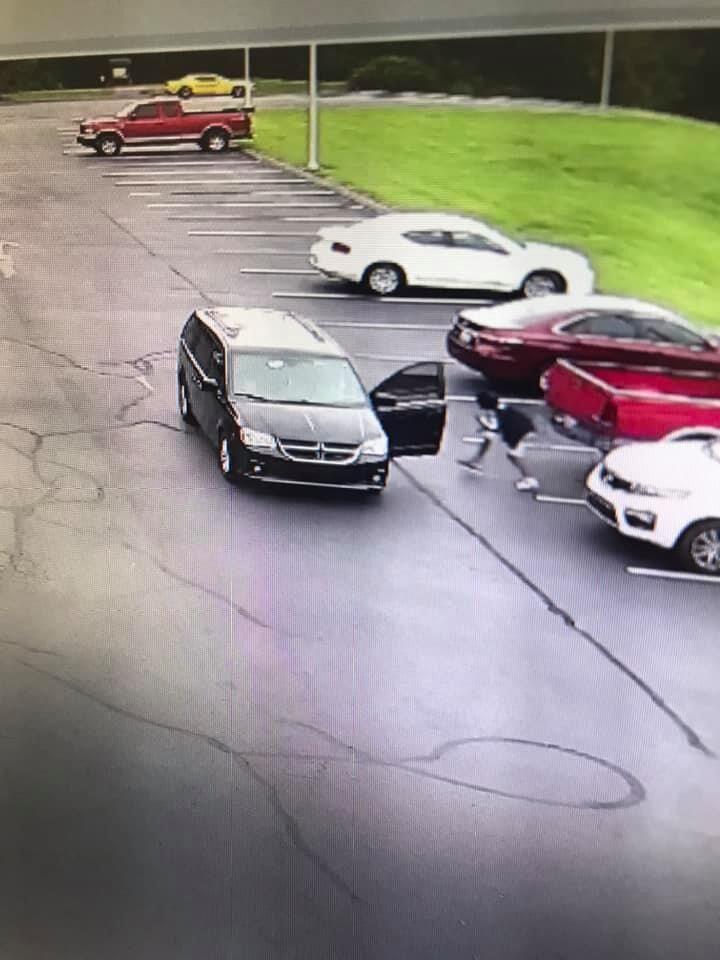 Scottsville car break-ins surveillance video 3.jpg