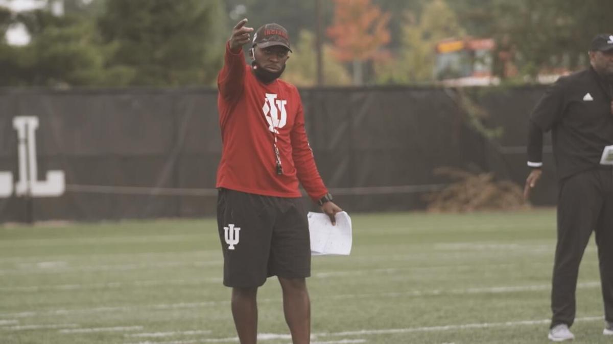 IU corberbacks coach Brandon Shelby