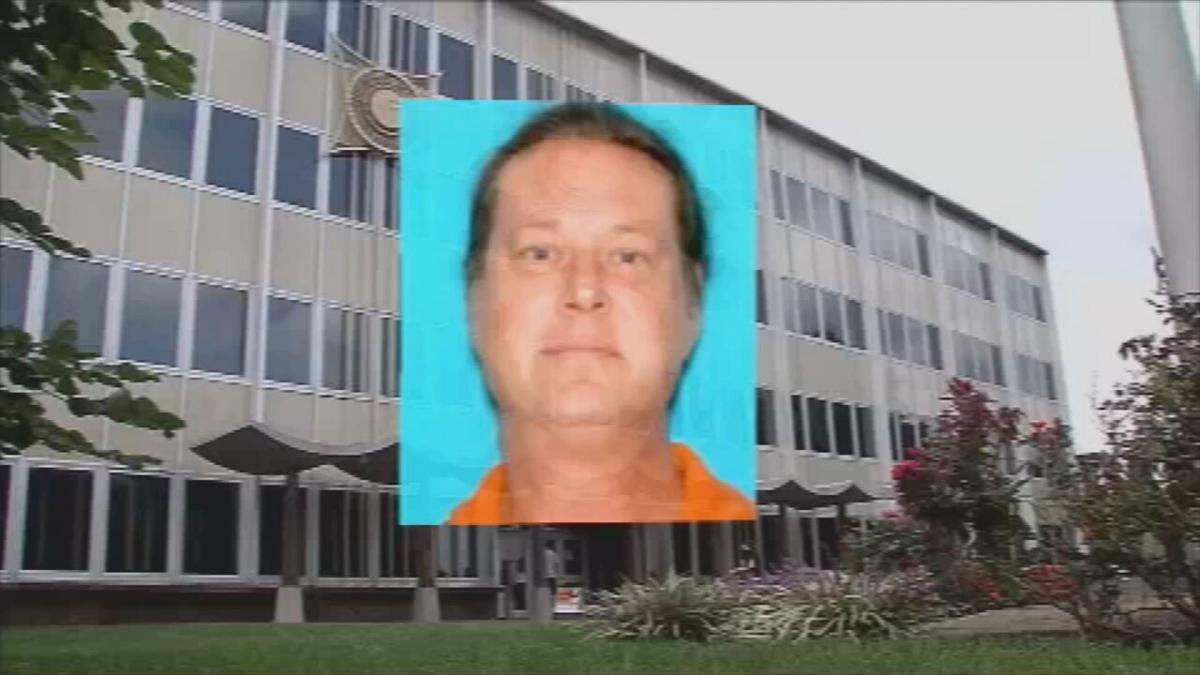 Judson Hoover Mug over Floyd County Courthouse