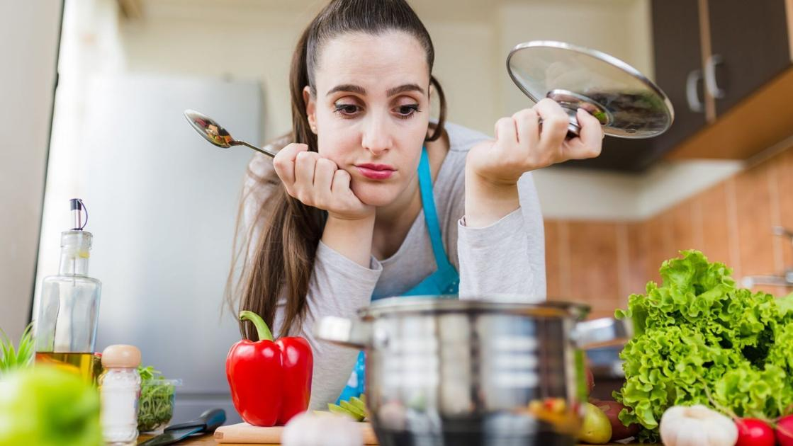 Cooking fatigue' affecting most Americans during pandemic, study claims |  National | wdrb.com