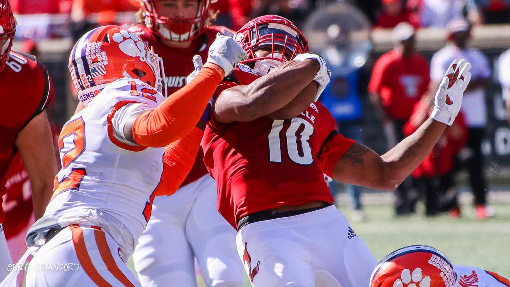 BOZICH | Clemson flattens Louisville, but Cards still look bowl-bound