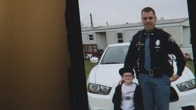 Indiana State trooper surprises stranded family with Christmas shopping spree